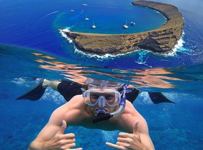 Maui snorkeling at Molokini Crater