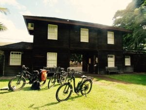 Historic_Lahaina_Courtyard